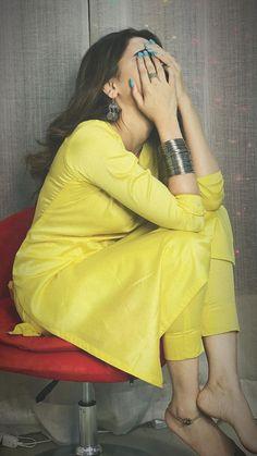 Hina altaf khan 💓 Cute Girl Poses, Girl Photo Poses, Girl Photos, Cute Girl Photo, Stylish Photo Pose, Stylish Girls Photos, Portrait Photography Poses, Photography Poses Women, Grunge Photography