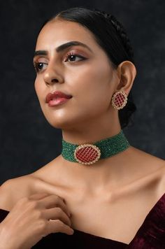 Green Red Gold Tone Kundan Beaded Necklace with Earrings (Set of Mrs Necklace, Diamond Bar Necklace, Emerald Necklace, Beaded Necklace, Jewelry Necklaces, Ear Jewelry, Drop Earrings, Diamond Pendant, Crystal Necklace