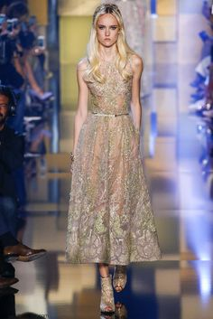 Elie Saab Haute Couture Fall 2015 Collection. #eliesaab