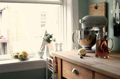 8 Kitchen Design Classics