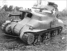 A bogged M3A1 training in the Armored Force School (AFS) at Fort Knox, 1942.