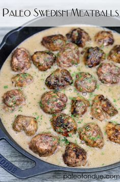 Add mushrooms to the sauce and I subbed arrowroot to th… Paleo Swedish Meatballs. Add mushrooms to the sauce and I subbed arrowroot to thicken instead of tapioca Paleo Recipes, Real Food Recipes, Cooking Recipes, Paleo Food, Paleo Meals, Vegetarian Food, Fondue, Dieta Paleo, Gastronomia