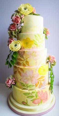 A summers garden wedding cake