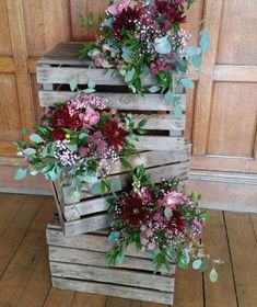 10 Wonderful Mother's Day Decor To Make Your Mom Feel Special - HomelySmart Wedding Wreaths, Diy Wedding Decorations, Flower Decorations, Wedding Centerpieces, Wedding Flowers, Wedding Favors, Wedding Invitations, Rustic Wedding, Our Wedding