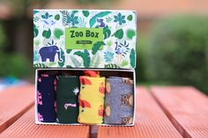 Buy our Animals Socks Gift Box and transform your feet into a zoo! Parrot, elephant, owl and ostrich, step up your sock game with these colourful socks! Elephant Socks, Owl Socks, Men's Socks, Perfect Gift For Him, Gifts For Him, Man Crafts, Sock Animals, Modern Gentleman, Colorful Socks