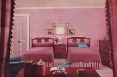 1961 pink bedroom design by Sherwin-Williams. 1960s Home Decor, Retro Home, Vintage Interior Design, Classic Interior, Cosy Bedroom, Home Decor Bedroom, Bedroom Ideas, Dark Interiors, Vintage Interiors