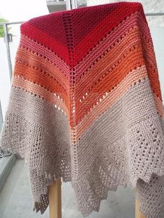 Ravelry: Transition Stash-buster Shawl pattern by Karen S. Knitted Headband, Knitted Poncho, Knitted Shawls, Crochet Scarves, Shawl Patterns, Knitting Patterns, Crochet Patterns, Knitting Designs, Knit Or Crochet