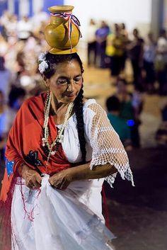 *Paraguayan woman