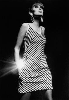 Grace Coddington, genius creative director of Vogue America in her modeling days, Vogue 1966