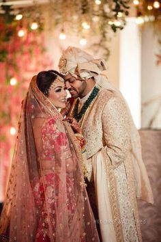 A Beautiful Punjab Wedding With A Stunning Mehendi And A Bride In Gorgeous Outfits! | WedMeGood