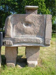 """Parc de sculptures """"Christian Gad"""" .Ploumanach. Bretagne"""