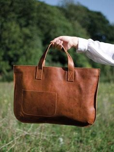 this leather bag!