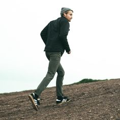 The Signal by Mission Workshop - Weatherproof Bags & Technical Apparel - San Francisco & Los Angeles - Built to endure - Guaranteed forever Green Jeans Outfit, Mission Workshop, Olive Skinny Jeans, Fall Outfits, Casual Outfits, Smart Casual Men, Fashion Night, Jeans Style, Streetwear Fashion
