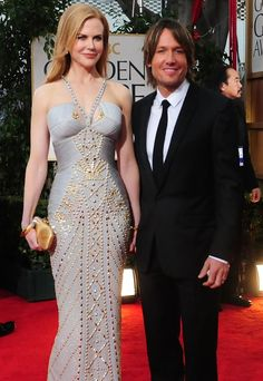 Nicole Kidman at the red carpet. Love all the stones on her dress!