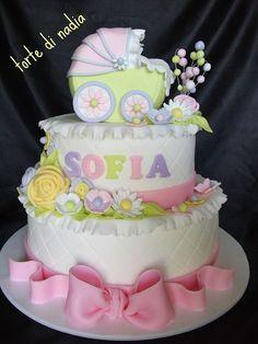 baby shower - Cake by tortedinadia Pretty Cakes, Cute Cakes, Beautiful Cakes, Amazing Cakes, Torta Baby Shower, Baby Girl Cakes, Shower Bebe, Girl Shower, Fancy Cakes