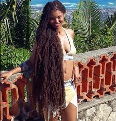 12 Women With Gorgeous Sisterlocs Showing The Diversity Of Our Hair [Gallery] - Black Hair Information