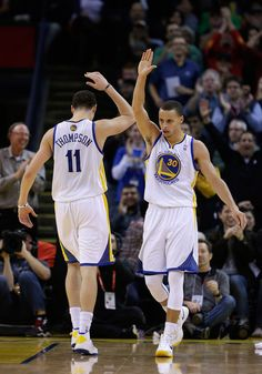 The Splash Brothers entered the record books as the new top three-point tandem in NBA history. Curry and Thompson combined for 483 threes this past season. Golden State Basketball, Love And Basketball, Basketball Players, Basketball Stuff, Kentucky Basketball, Duke Basketball, Kentucky Wildcats, College Basketball, Stefan Curry