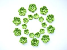 Crochet Flower Applique Spring Green Set of 20 by CrochetPocket, $5.00