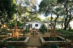 vignette design: Design Bucket List #3: Design a Beautiful Raised Bed Vegetable Garden