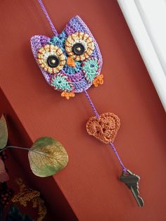 Crochet Owl key holder :O need to make this so that I can always have it and not get locked out of the house again!