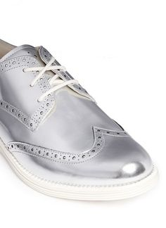 COLE HAANLimited Edition Silver LunarGrand Long Wingtip