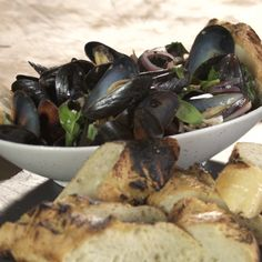 How to make Bacon Basil Mussels.