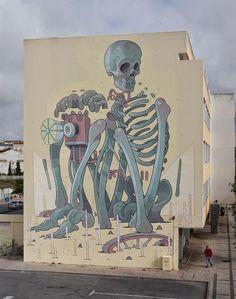 Aryz New Mural - Lagos, Portugal - StreetArtNews