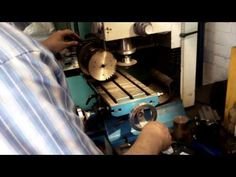 Rotary Table indexer Gear cutting - YouTube