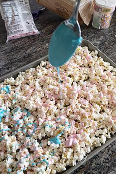 Unicorn Popcorn - A Tasty Treat! Unicorn Popcorn - A Tasty Treat! Unicorn Popcorn - A Tasty Treat!<br> Unicorn Popcorn is a tasty treat is super simple to make and only takes 2 ingredients! Make it for your next party, movie night, or just because. Unicorn Themed Birthday Party, Birthday Party Themes, Card Birthday, Birthday Greetings, Happy Birthday, 5th Birthday, Diy Birthday Treats, Birthday Party Food For Kids, Diy Unicorn Birthday Party