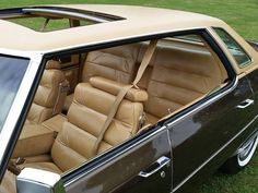 1976 Sedan Deville, with many options including the expensive and rare sunroof.