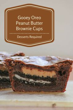 Gooey Oreo Peanut Butter Brownie Cups are a combination of favorite childhood ingredients – brownies, sandwich cookies and peanut butter. Sweet Desserts, Just Desserts, Sweet Recipes, Delicious Desserts, Dessert Recipes, Oreo Peanut Butter Brownies, Chocolate Chip Cookies, Dessert Cups, Peanut Butter Recipes