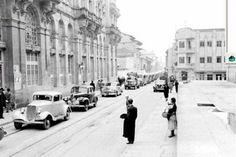 Aunque parezca una foto de Londres, esta imagen es del centro de Bogotá en los años 30. Foto:Fotos antiguas Bogotá Street View, Photography, Outdoor, Photos, Black, Bogota Colombia, Blanco Y Negro, Vintage Photos, Social Science