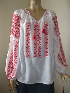 Marion Ravenwood, Costume Ideas, Costumes, Indiana Jones, Peasant Blouse, Inspired Outfits, Vintage Looks, Romania, Binder