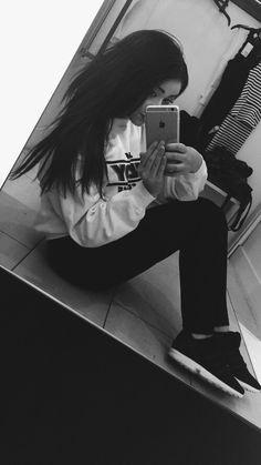 #brunette #model #hair #sitemodel #girl #fashion #ootd #luxury #iphone #longhair #adidas #adidasflux