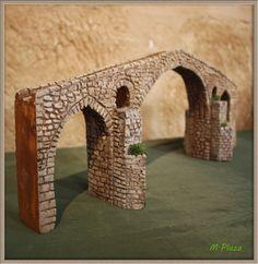 En esta entrada iré mostrando distintos complementos realizados para el belén: edificaciones, construcciones, etc... Si alguién está i...