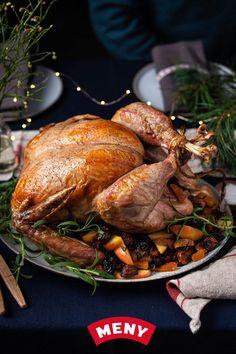 Whole Turkey, Norwegian Food, Main Meals, Bagel, Crockpot, Buffet, Recipies, Food And Drink, Thanksgiving