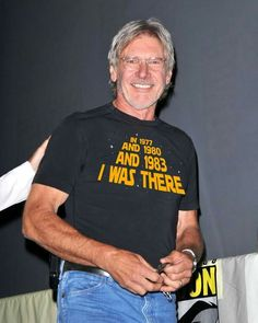 Harrison Ford was there. Star Wars Cast, Star Trek, Humour Geek, Han And Leia, Fiction, Mark Hamill, Carrie Fisher, Raining Men, Geek Culture