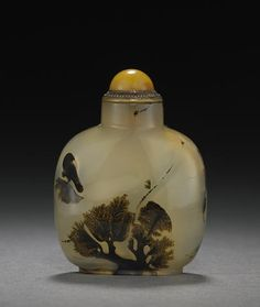 A dendritic agate snuff bottle  1750-1860 - pos see end date