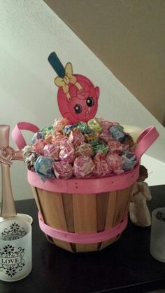 Shopkins birthday centerpiece with lollipops