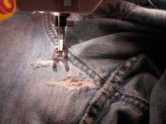 Una vez que aprendas esta solución ya no tendrás que tirar o regalar tus pantalones favoritos si están rotos, ya que con esta solución quedarán como nuevos de una vez.