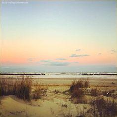 """""""Sunsetmaniac""""  La #PicOfTheDay #turismoer di oggi si gode profumi e colori di un #tramonto invernale sulla spiaggia di #PortoGaribaldi. Complimenti e grazie a @lorenzpar / Today's #PicOfTheDay #turismoer enjoys scents and colors of of a winter #sunset on #PortoGaribaldi beach. Congrats and thanks to @lorenzpar"""