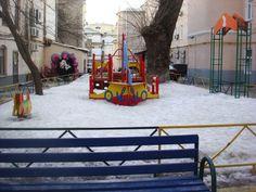 Маленькая площадка между Б.Афанасьевским и Филиппоским переулками