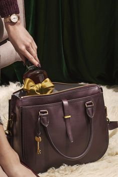 bae3c4a47e A bag that ll get you into the holiday spirit to gift holiday spirits.