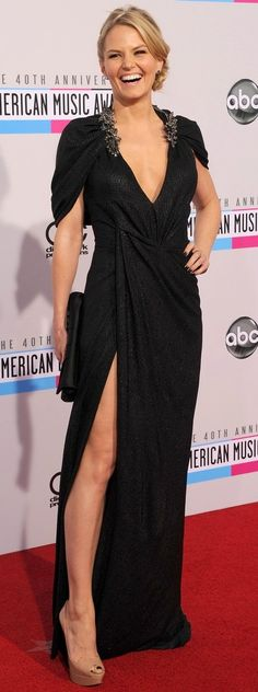 PHOTOS: See All The Red Carpet Fashion From The 2012 American Music Awards
