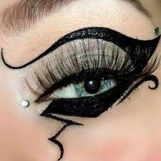 Crazy eyeliner