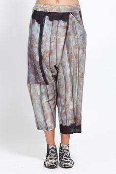 Anntian Asymmetric Pant (Hide Behind)