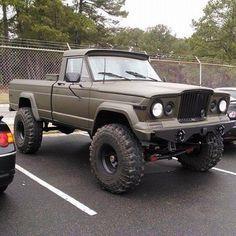 Jeep J series pickup truck. https://www.pinterest.com/dapoirier/4x4-and-trucks/