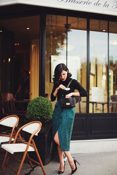 What to Wear in Paris – 10 French Fashion Style Tips: Glam Radar waysify