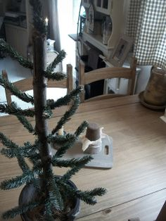 Our Pioneer Homestead: Craft:The 10 minute 1$ Primitive Tree! Made From Scratch!
