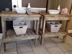 Pallet Bathroom Tables